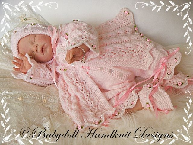 Free Knitting Patterns For Reborn Dolls : Lacy Pannelled Yoked Matinee Set 16-22