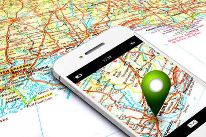 To, że bierzemy telefon w podróż jest oczywiste. Pytanie, jak go dobrze wykorzystać. O tym na moim blogu!  #podróże #telefon #aplikacje turystyczne #smartfon