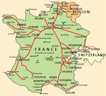 The high-speed trains used in France are known as TGV (Train à Grande Vitesse = High Speed Train). With 149 destinations and speeds of up to 320 km/h (200 mph), the TGV is the fastest way to visit the various regions of France.