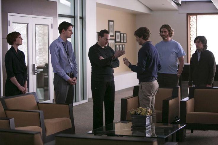 Matt Ross, Jill E. Alexander, Zach Woods, T.J. Miller, Thomas Middleditch, and Josh Brener in Silicon Valley (2014)