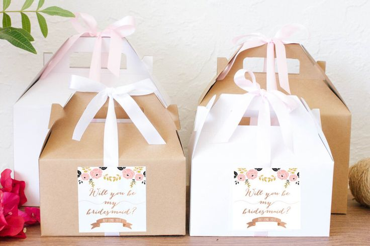 Will you be my Bridesmaid box, Will you be my Maid of Honor favor box, Bridal Party favor boxes, Wedding favors by CreativePartyDesign on Etsy https://www.etsy.com/listing/274586096/will-you-be-my-bridesmaid-box-will-you