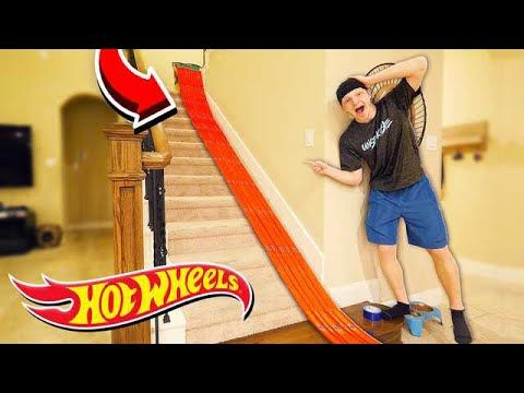 500FT HOT WHEELS TRACK AROUND MY HOUSE! - YouTube