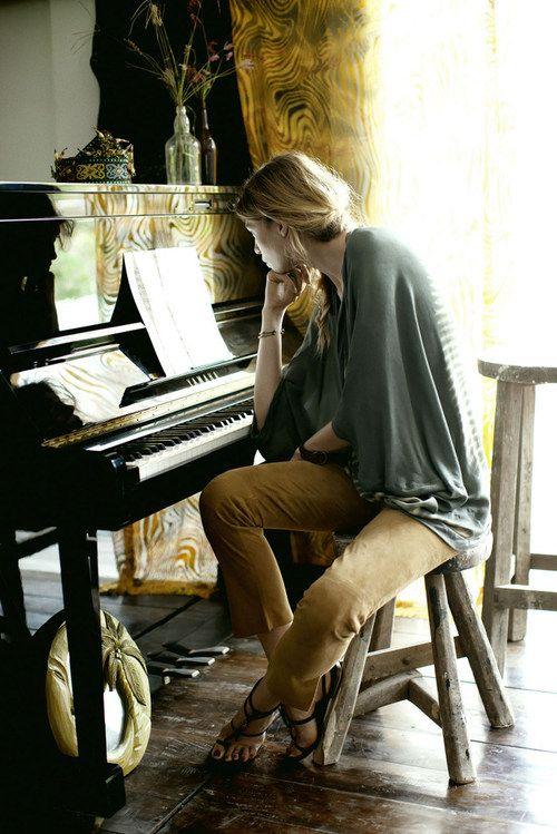 Játssz valamilyen hangszeren!