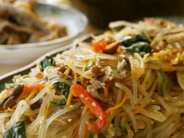 オモニ直伝韓国料理★チャプチェの画像                                                                                                                                                                                 もっと見る