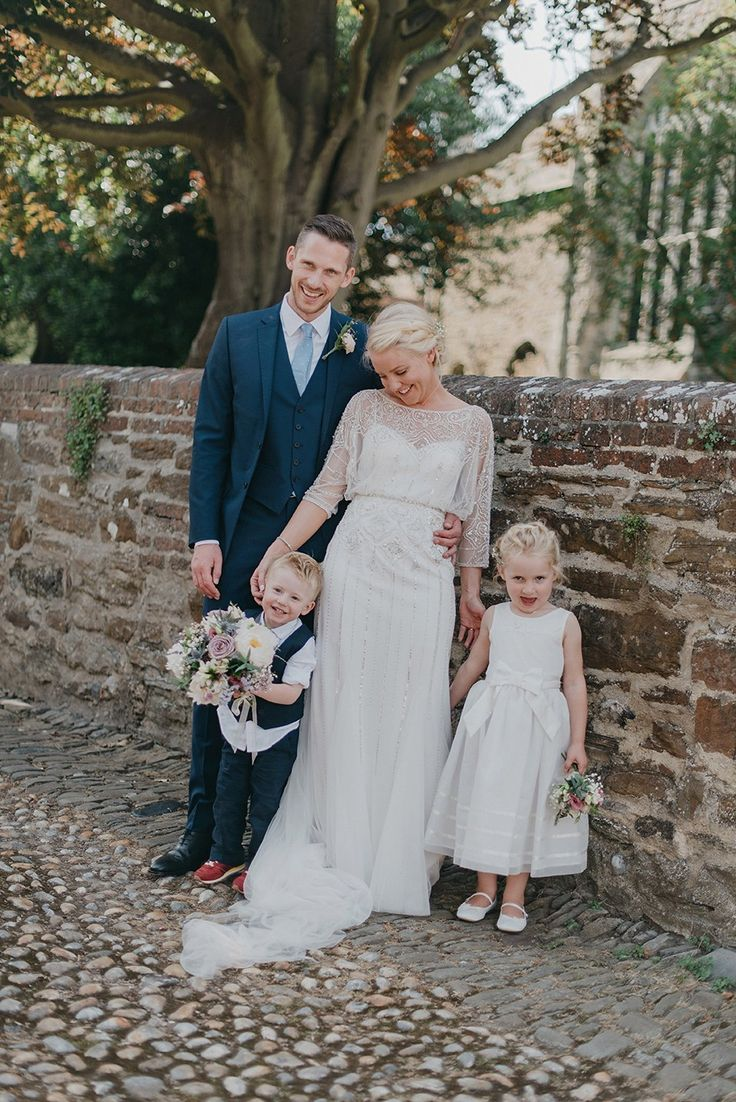 An Art Deco Inspired Eliza Jane Howell Gown For A Stylish And Sunny Wedding In Rye