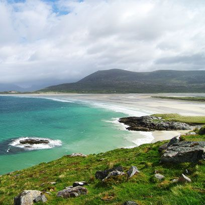 Luskentyre Beach,  is situated on the spectacular west coast of South Harris in the Outer Hebride