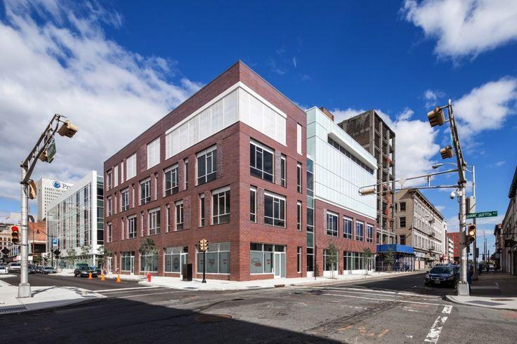 230 Halsey Street  / Richard Meier & Partners