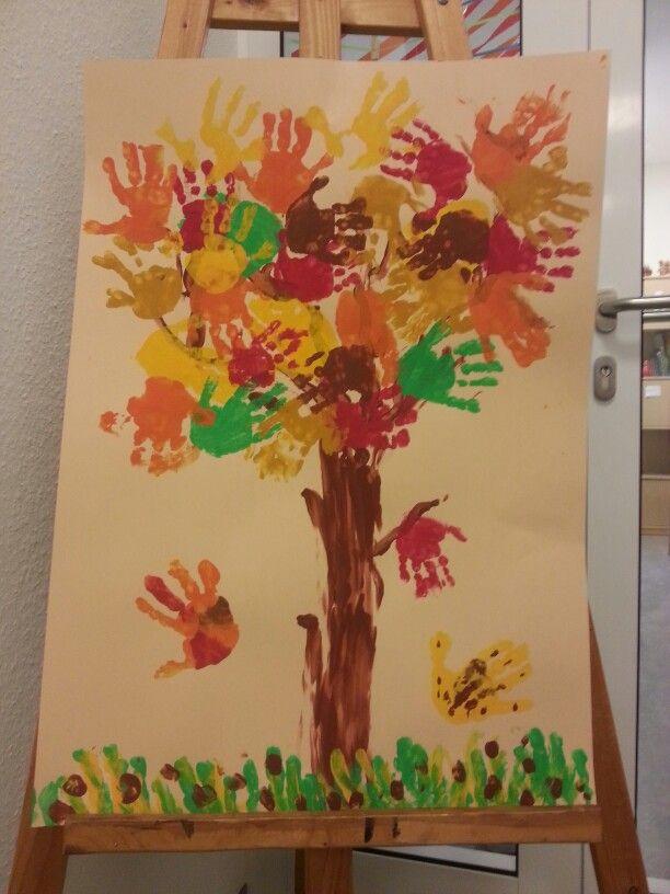 Kita Herbst Blätter Handabdruck Baum
