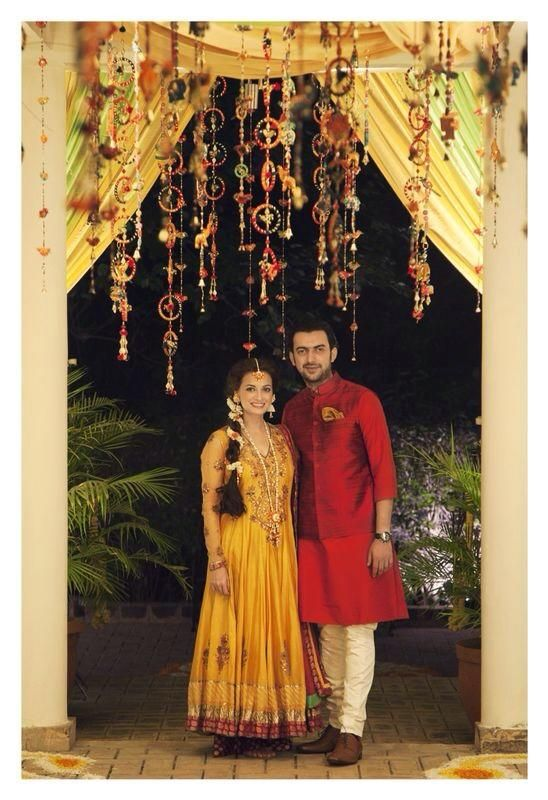 Dia Mirza and Sahil Sangha at their Mehendi in Oct 2014