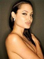 Angelina Jolie Kimdir?