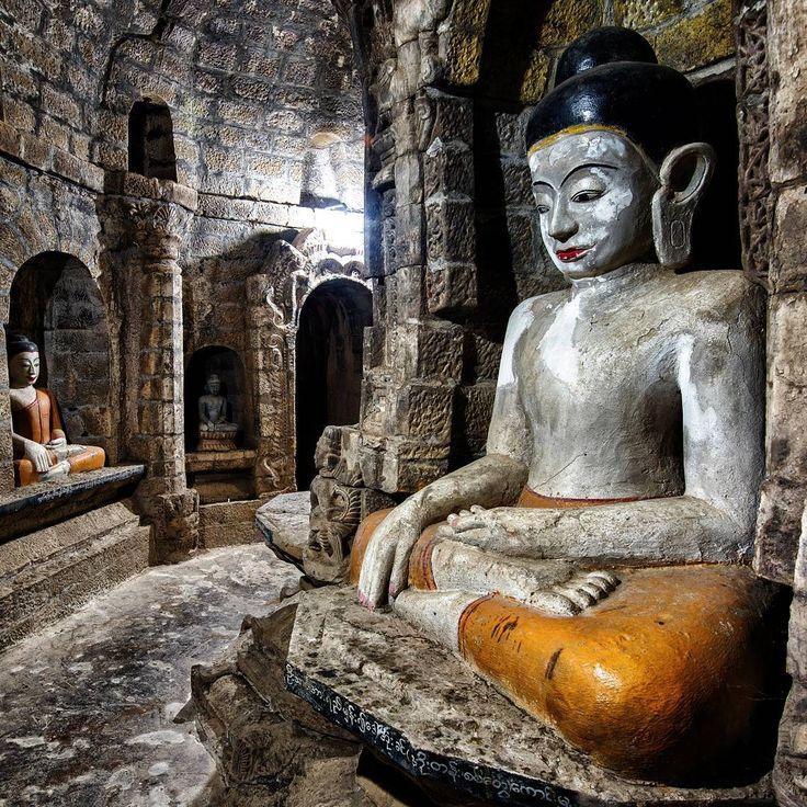 "45 Me gusta, 7 comentarios - Mike Pollock (@traveltoasiaandback) en Instagram: ""Buddha Image, Andaw Thein Paya, Mrauk-U, Myanmar #myanmar #travel #travelasia #travelmyanmar…"""