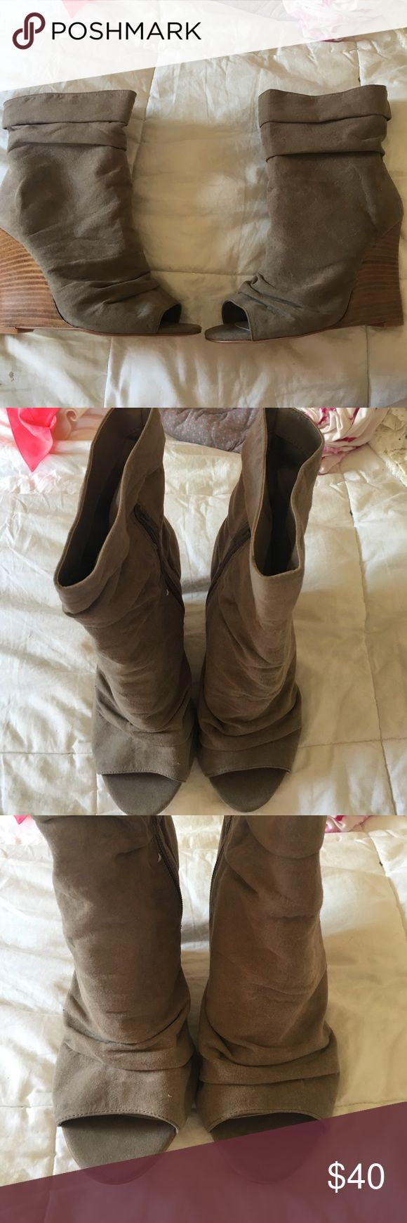 Torrid high heel suede booties 9W Torrid high hell suede booties. Wedge heel. Zips up on the inside. Open toe. Never worn. Great for springtime! Make an offer 😊 bundle & save 🤗 torrid Shoes Heeled Boots