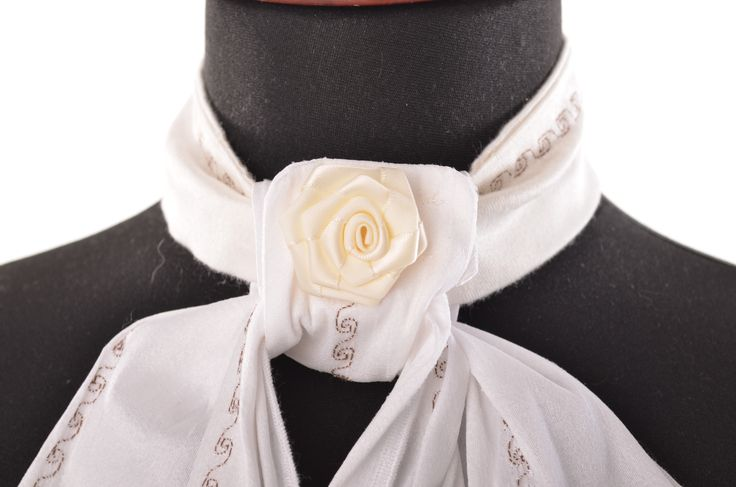plastron with flower and decoration datial
