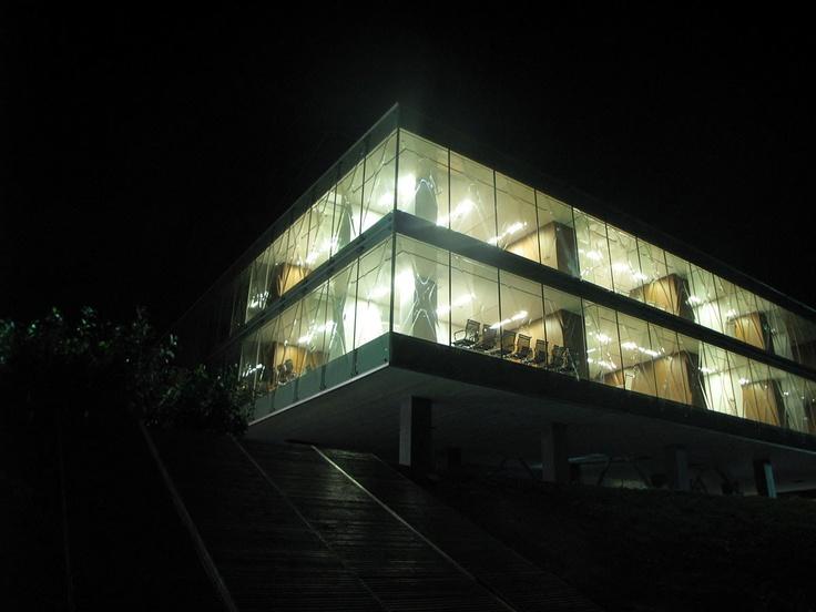 Vakko Fashion House REX