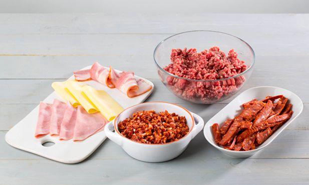 Saiba como fazer rolo de carne com o nosso passo a passo. Siga a nossa técnica de como fazer rolo de carne experimentando diferentes recheios.
