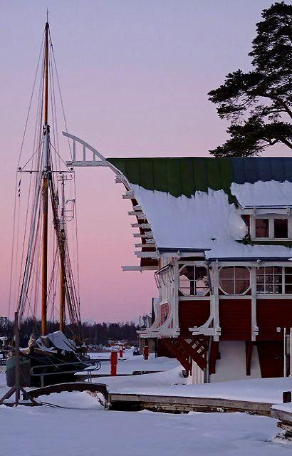 Sunset in winter.. Mariehamn, Aland Islands | by evisdotter