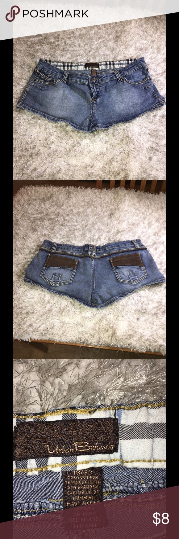 Urban Behavior Size 13 Denim Shorts Short- shorts by Urban Behavior.  Size 13.  Medium blue rinse color.  Good condition.  Important:   All items are freshly laundered as applicable prior to shipping (new items and shoes excluded).  Not all my items are from pet/smoke free homes.  Price is reduced to reflect this!   Thank you for looking! Urban Behavior Shorts Jean Shorts