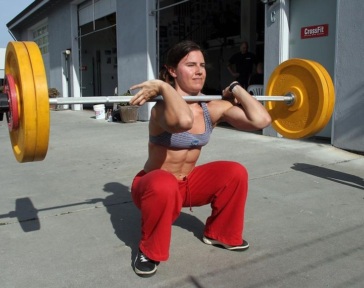 Diary of a Fit Mommy: Front Squat vs Back Squat: Which One is Better?