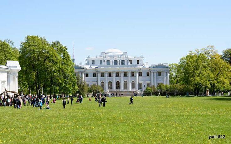 Елагин дворец и Масляный луг