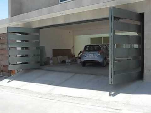 Puerta plegadiza de metal con cristal youtube puertas for Puertas para garage