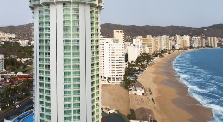 Calinda Beach Acapulco Acapulco In the heart of the 'Golden Zone', the Calinda Beach Hotel is located in one of the finest areas of Acapulco.  The famous rounded tower of the Calinda Beach is a landmark building amongst Acapulco Bay.