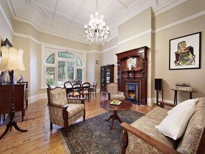 Cosy Federation sitting room at 608 Riversdale Rd Camberwell (1899)