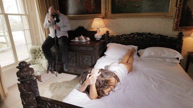 A preview of Damien Lovegrove's forthcoming Boudoir photography video, available to download soon. More training videos here: http://www.lovegroveconsulting.com/training_video_downloads.aspx