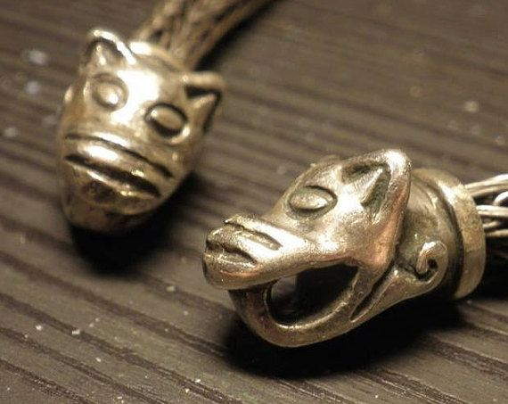 Silver bronze viking necklace with wolf by Vikingreenactment