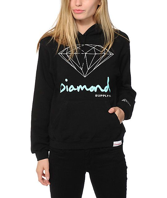 Cozy up in brilliant style with this fitted pullover hoodie that is made with a soft fleece construction and a Diamond Supply Co. graphic at the front.