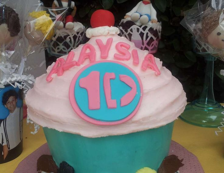 One Direction CupCake Party