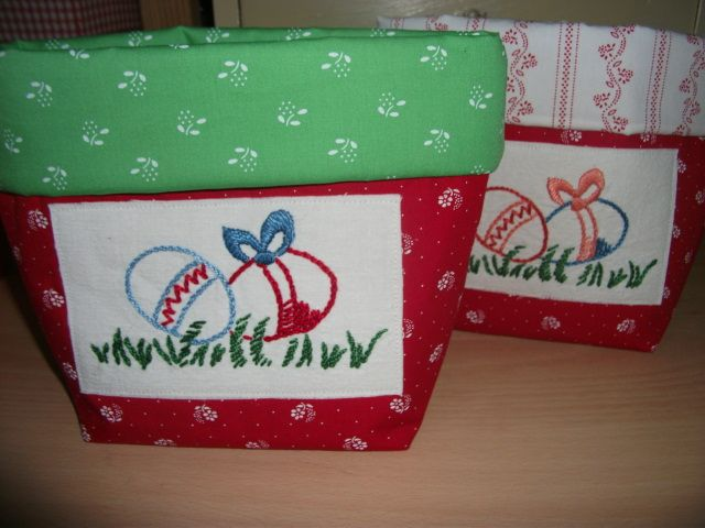 Fabricbasket for easter, vintage embroidery
