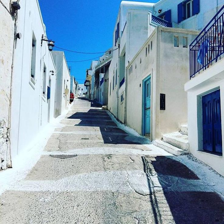 Beautiful streets of Chora! #Repost @wanderlust__stories