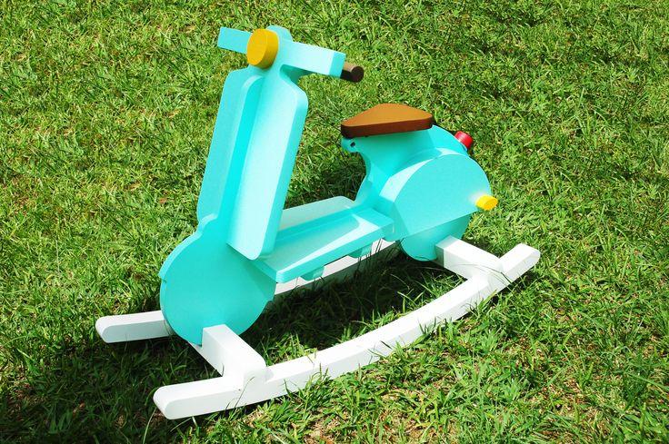 Moto Vespa para niños