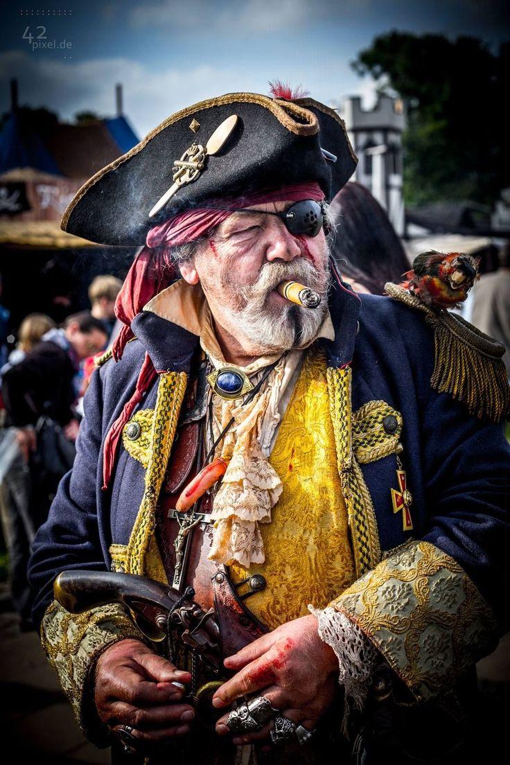 старый пират стихи фото простых