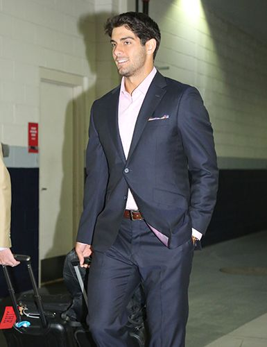 Jimmy Garoppolo & his signature pocket square #RoadTripStyles