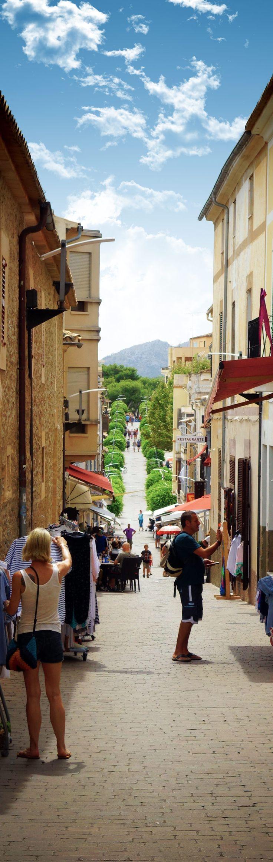 Auf der zweiten Etappe unseres Roadtrips über Mallorca kamen wir unter anderem in Arta vorbei. Die kleine Stadt liegt im Inselinneren und ist dadurch so gut wie unberührt vom typischen Mallorca-Tourismus. #mallorca #roadtrippin #spanien #roadtrip #ballearen #reisen #reiseblogger #reiseblog