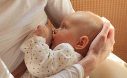 Como amamentar o bebê? Pediatra ensina a maneira correta da amamentação.