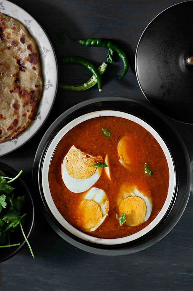 Kolhapuri egg curry is a spicy, flavorful, and easy maharashtrian style Egg…