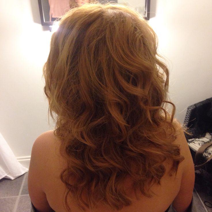 Loose bouncy curls