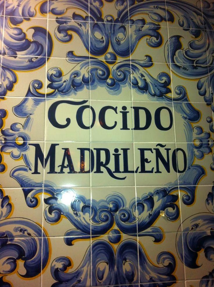 Primer vuelco        De Madrid se ha dicho que más que un buen paladar tiene un estómago inmenso... Yo, como madrileña (gata) y madre de g...