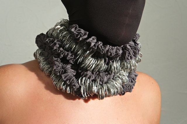Necklace Mod. Kiri - Recycled jersey and aluminum pull tabs #handmade in #Italy: discover our project about #upcycling #ecojewelery #ecodesign at http://www.dalaleo.com