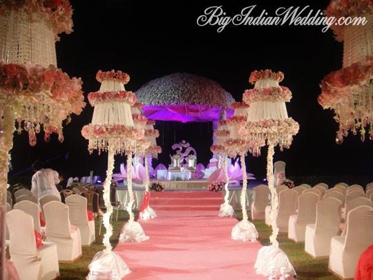 Plan your dream wedding in Thailand on BIW