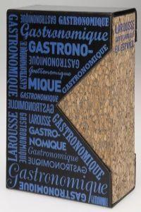 """El """"Larousse Gastronomique"""" , un libro de referencia, único en el mundo de la cocina y la gastronomía. Esta emblemática obra apareció por vez primera en 1938, en una edición  de Prosper Montaigné. http://www.imosver.com/es/libro/larousse-gastronomique-en-espanol_2940080001"""