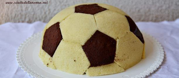 Torta pallone da calcio | Ricette della Nonna