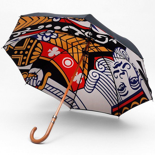 King of Clubs Umbrella    Premium Double Layer umbrella. King of Clubs. Traditional Beech wood shaft & handle. Metal runner & tip cup. Plate engraved.