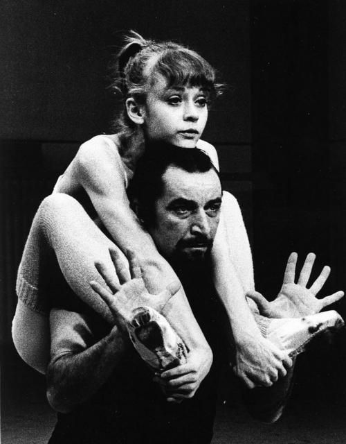 "Maurice Béjart & Rita Poelvoorde  ""je t'aime tu danses"" by francois weyergans: Béjart Dansant, Awesome Dance, Dance Mov, Maurice Béjart, Mauric Béjart, Swiss Dancers, Mauric Bejart, Dance, Dance Ballet"