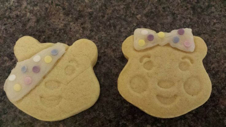 Children in need pudsey and blush biscuits