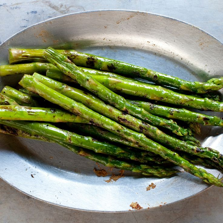 Asparagus can help you beat bloat and lose weight, thanks to its diurectic properties and high fiber content. Watch the video to learn how to cook asparagus. | Health.com