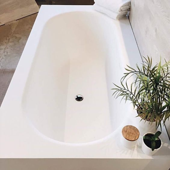 Our Opis bath 🛁 A man made solid surface bathtub, perfect for any bathroom. . . . . . #inspiration #solidsurface #corian #elkhome #candles #green #plants #decor #showroom #dream #dreambig #dreambathroom #bathtub #bath #mattewhite #relax #livingwell #live #home #simple #beautiful #minimal #clean #pretty #abiinteriors #bathrooms #interiorstyling #goldcoast #burleighheads #australia Delete Comment