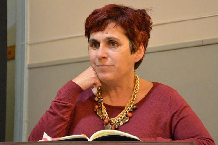 Μάγδα Παπαδημητρίου, συγγραφέας, μιλάει στο Διονύση Λεϊμονή